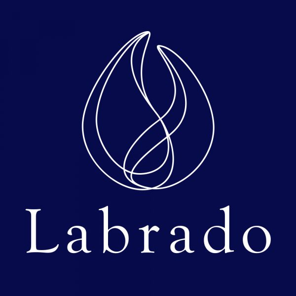 ラブラド・ブージュルード ロゴ