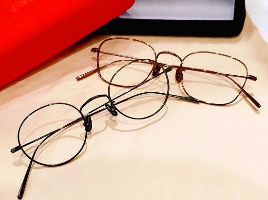 オールチタンメガネ、新作カラー登場。