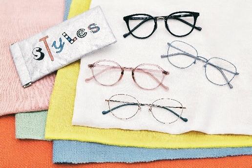 """好きな「わたし」から選ぶメガネ""""Styles"""""""