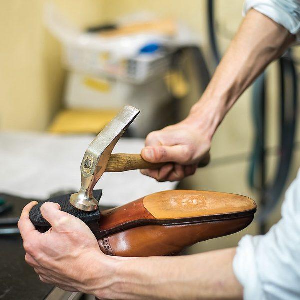秋の衣替えに合わせて靴修理&メンテナンス!