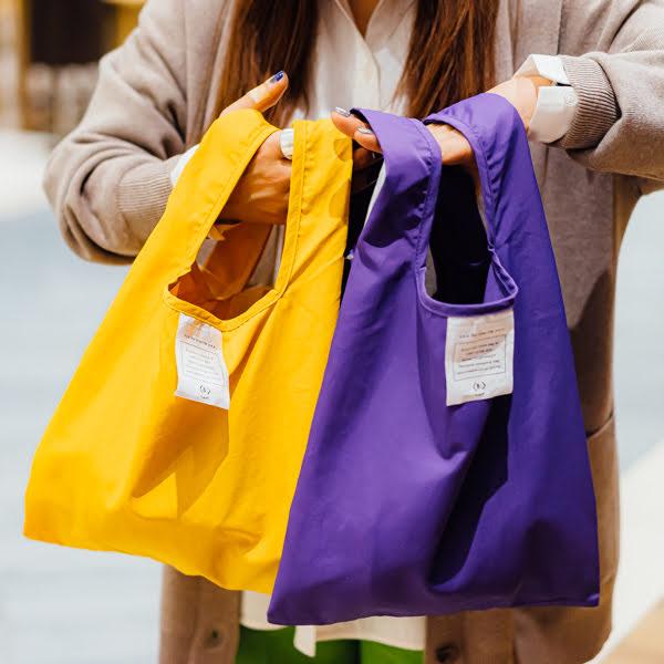 ちょっとしたお買い物にピッタリのコンビニエンスバッグ