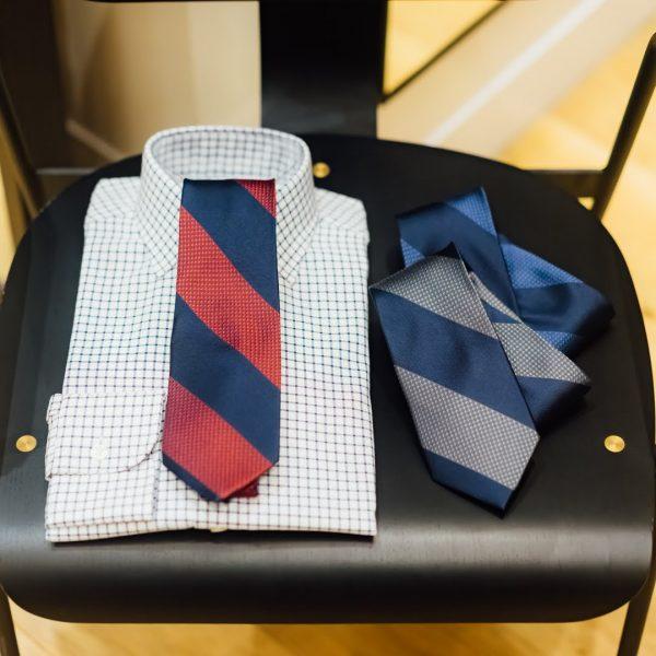 ネクタイとシャツのコーディネート